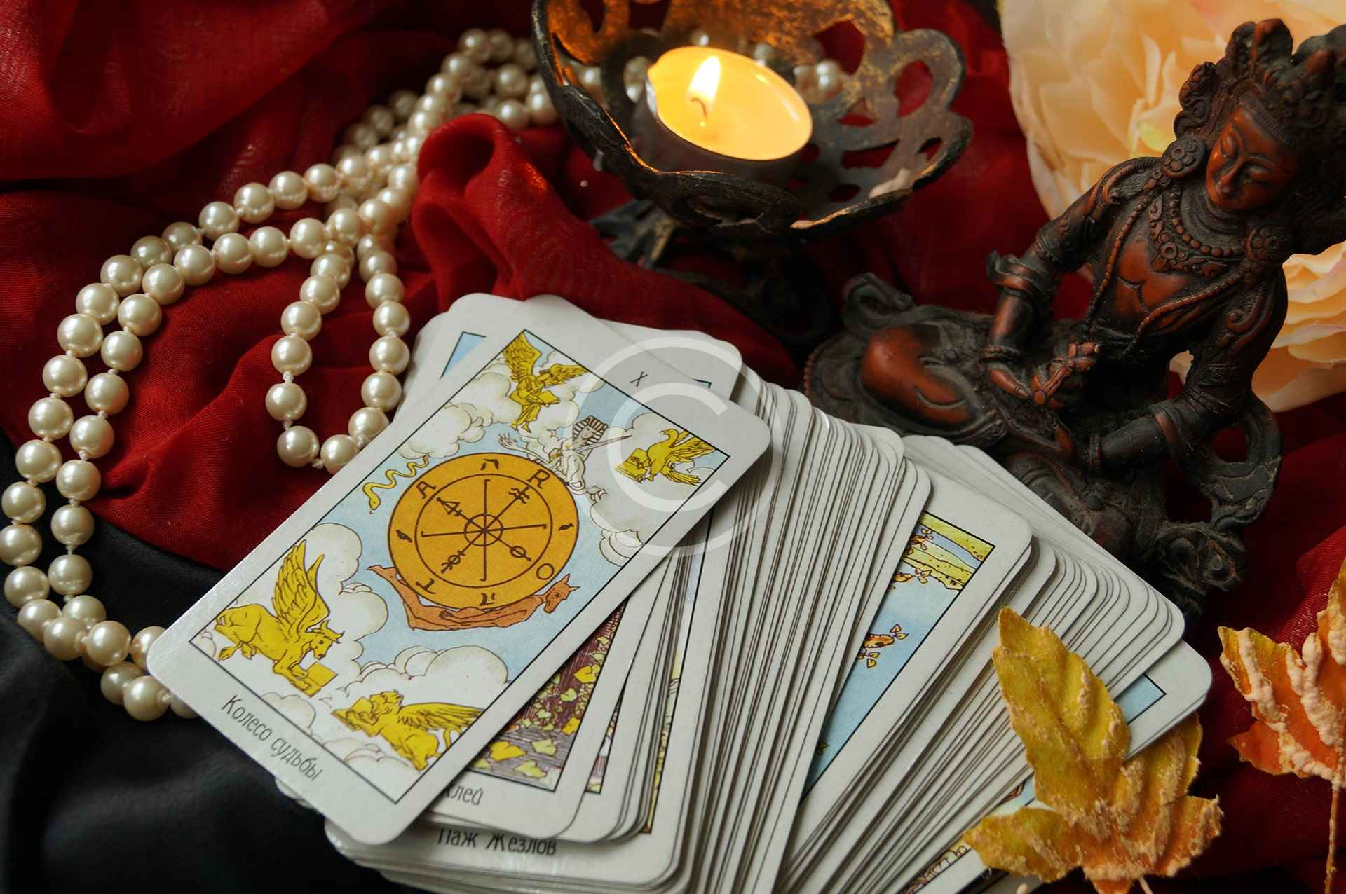 Using Tarot for Successful Decisions